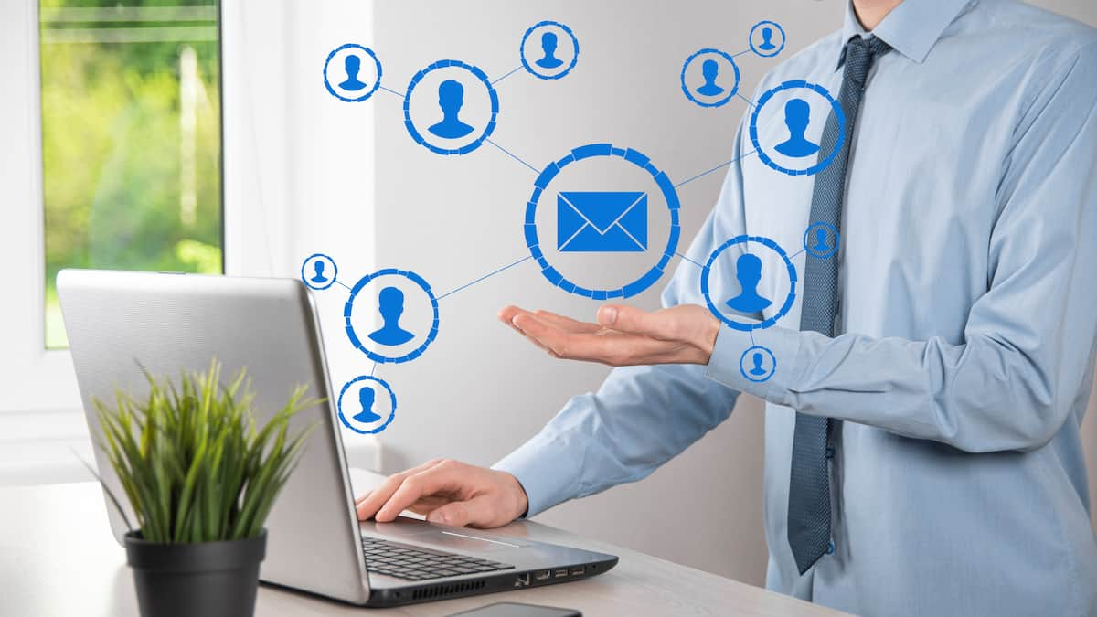 email-and-user-icon-sign-symbol-marketing-or-newsletter-concept-diagram-sending-email-bulk-mail-email-and-sms-marketing-concept-scheme-of-direct-sales-in-business-list-of-clients-for-mailing-1